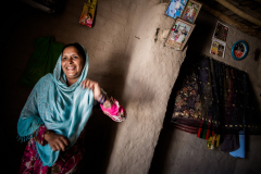 The family Ghulam Rasaol left 1 year ago Chahrsada Naguman Camp in Pakistan where most of the chidren were born, and where they grew up. They ve never been to Afghanistan before.The father was a generator reparator there. In Jalalabad he works as a daily worker. They live in an Informal Settlement in Jalalabad. Most inhabitants of Informal Settlements are internally-displaced people (IDPs) fleeing conflict, and insecurity in their provinces of origin, or returnees from Pakistan. Informal Settlement suffer from insufficient hygiene and sanitation, lack of clean water, and the constant threat of eviction.